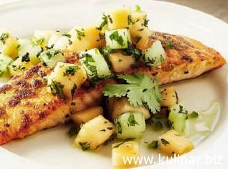 Жаренный лосось с сальсой из дыни