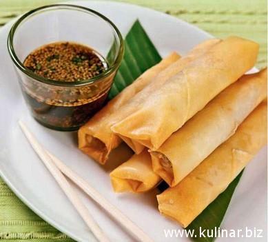 Спринг-роллы с тайским соусом
