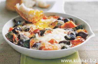 Роллы из баклажанов со спагетти и плавленым сыром
