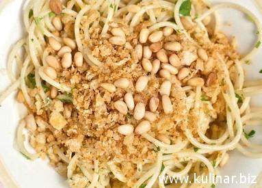 Спагетти с острым маслом