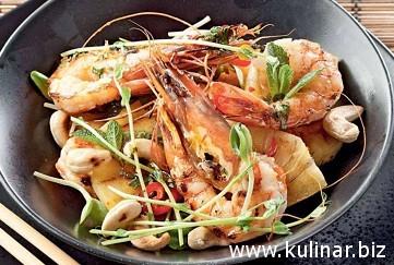 Тайский салат с ананасом - кулинарный рецепт