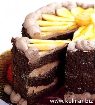 Торт с шоколадным муссом и грушей