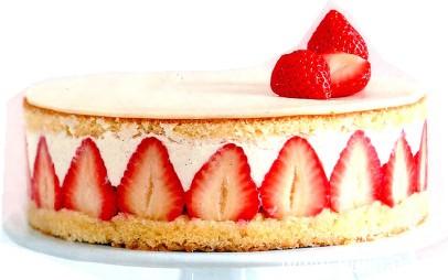 Клубничный торт с мендалем
