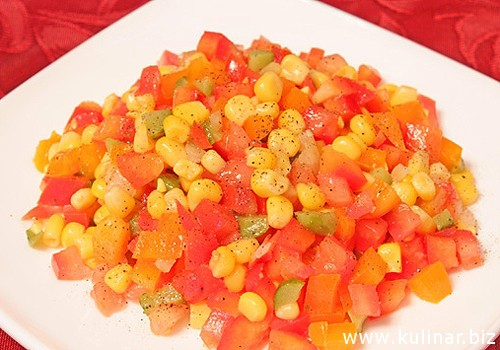 Мексиканский салат со сладкой кукурузой