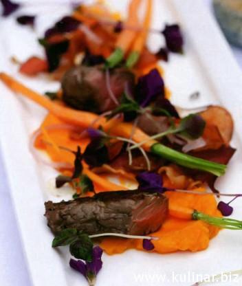 Филе говядины с молодой морковью