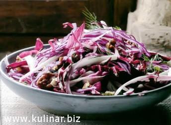 Зимний красный салат