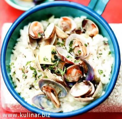 Рис с моллюсками