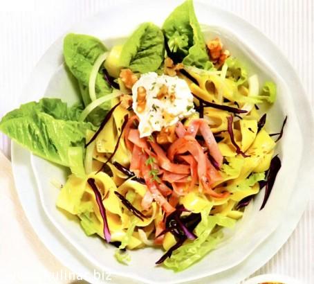 рецепт салат с лапшой